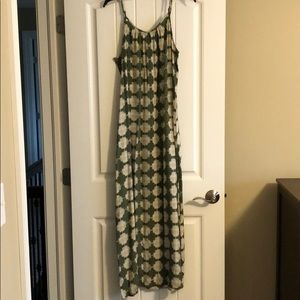 Merona large hunter green and cream maxi dress, L